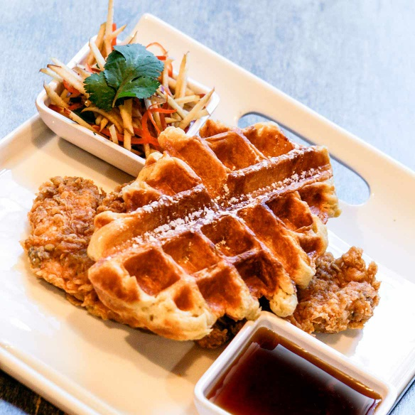 Brunch, small plates, burgers and brunch drinks